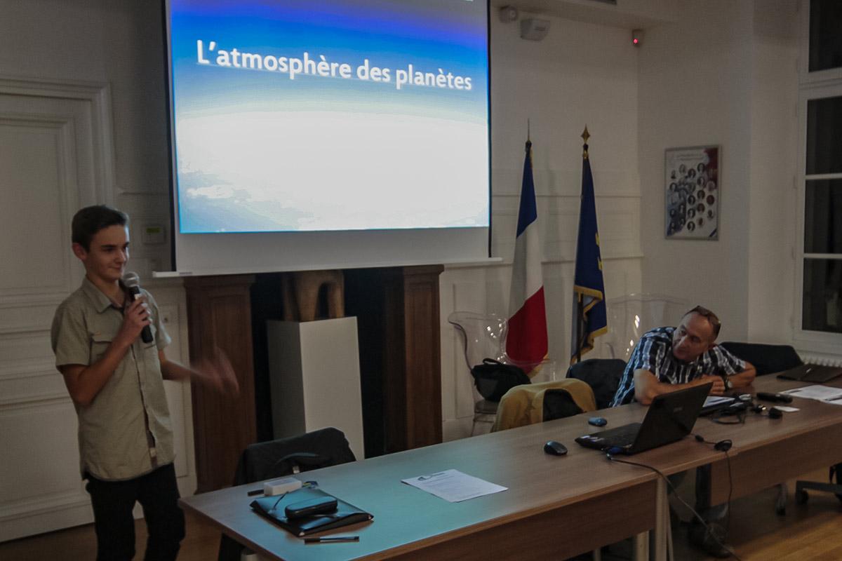 30 Sep. Salle du conseil , mairie de Breuillet, Présentation du Club et Conférence sur l'atmosphère des planètes